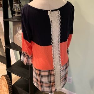 Tops - NEW 💗Boutique tunic plaid & lace mango pink navy